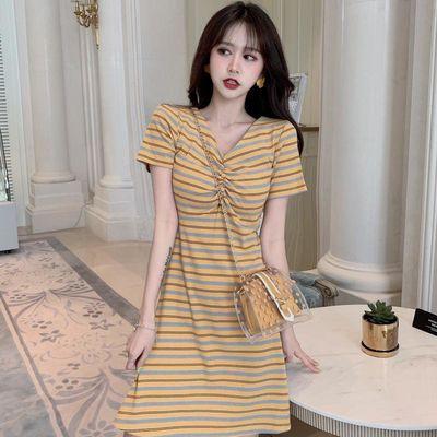 气质条纹连衣裙女夏装2020新款复古智熏裙法式桔梗裙子短袖a字裙