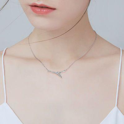 925银饰埃菲尔铁塔设计元素四叶草星星月亮项链女时尚简约吊坠女