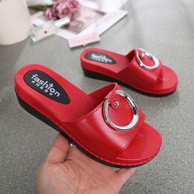 夏季新款百搭韩版学生拖鞋女外穿夏厚底增高时尚防滑坡跟一字凉拖