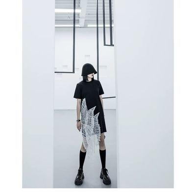 CHICSKY《 薄如蝉翼》暗黑系设计感T恤中长款个性连衣裙概念港风