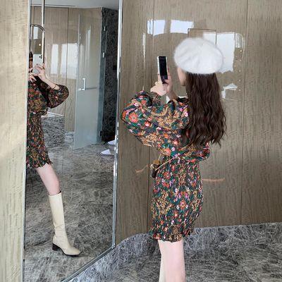 【枫积】灯笼袖碎花修身收腰连衣裙2020春季新款复古性感包臀裙子