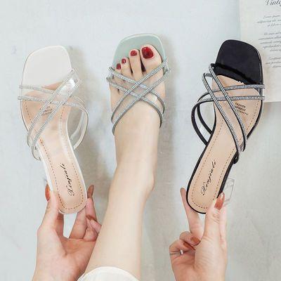 透明拖鞋女夏外穿2020新款时尚水钻百搭仙女风水晶粗跟一字拖鞋潮