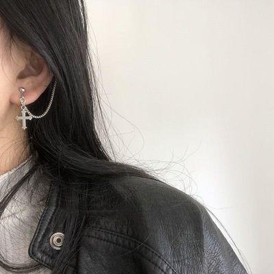 哥特风链条一体式十字架偶像练习生耳钉女款无耳洞耳骨耳夹耳钉