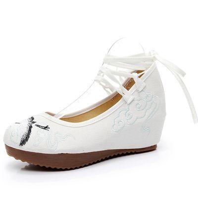 北京汉舞布鞋绣花高跟鞋子女汉服配鞋女款汉服鞋舞鞋古风鞋老北京