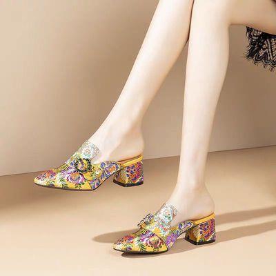民族风绣花女鞋包头高跟鞋女拖鞋夏季新款粗跟妈妈复古凉拖鞋外穿