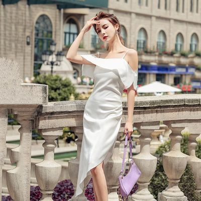 不规则一字肩连衣裙女夏2020新款法式复古气质吊带裙长款性感露背【5月31日发完】