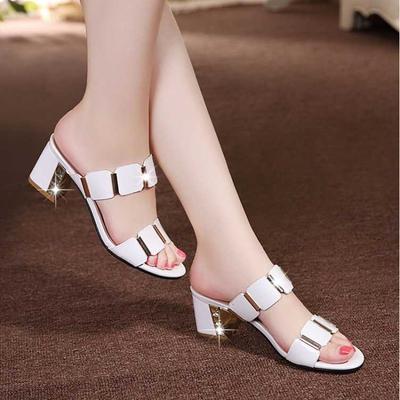 2020新款女鞋凉鞋女夏中跟凉拖女外穿时尚百搭防滑漆皮粗跟拖鞋女