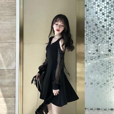 爆款赫本小黑裙2019新款秋季气质露肩绑带灯笼长袖V领小黑裙连衣