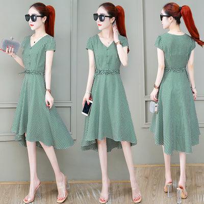时尚连衣裙2020夏季新款女装裙小个子洋气显瘦气质不规则v领裙子