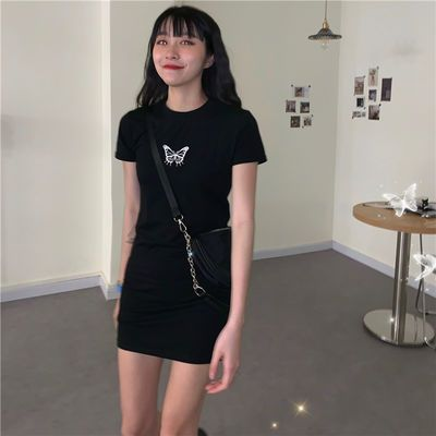 连衣裙2020新款夏季韩版修身显瘦黑色蝴蝶刺绣女学生包臀短裙子潮