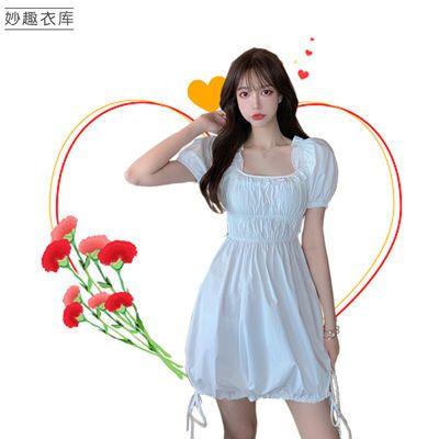 连衣裙女方领木耳边纯色泡泡袖2020新款法式气质灯笼袖收腰蓬蓬裙