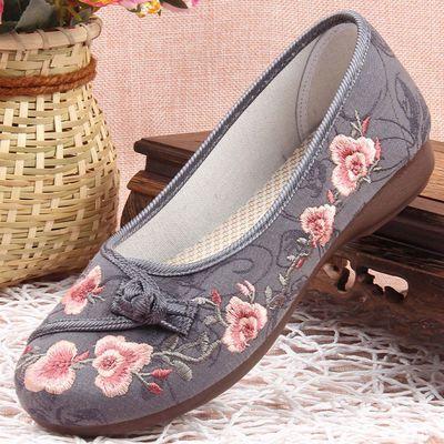 老北京布鞋女单鞋中老年人汉服妈妈鞋绣花鞋女复古民族风舞蹈鞋
