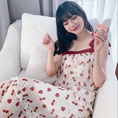 夏季2020新款小清新甜症状草莓印花蛋糕裙中长款修身吊带连衣裙女