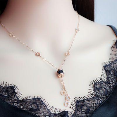 黑陶瓷流苏项链女短款钛钢镀玫瑰金锁骨链简约时尚百搭潮欧美气质