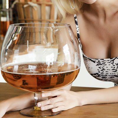 酒杯鱼缸超大英雄杯特大霸王杯大容量啤酒杯大号红酒杯巨形高脚杯
