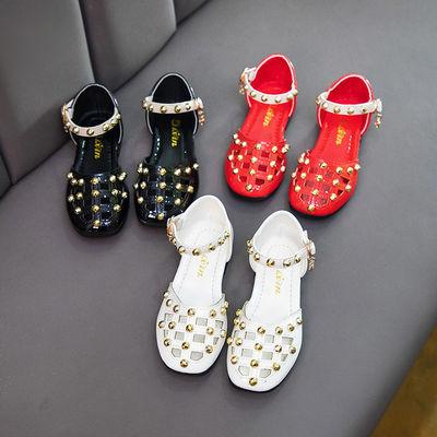 女童包头铆钉凉鞋2020夏季新款韩版网红镂空平底中大童学生公主鞋