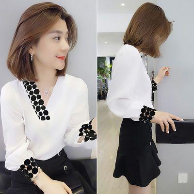 白色衬衫女长袖2020春装新款潮欧洲站v领气质小众设计感雪纺上衣