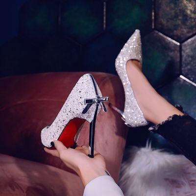 银色高跟鞋细跟性感超闪亮片婚纱鞋2020春季新款搭裙子的时尚单鞋