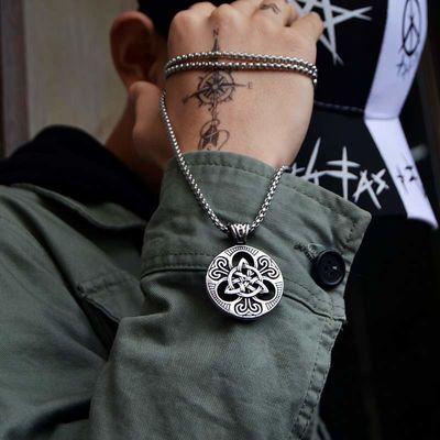 欧美复古潮男个性朋克爱尔兰同心结圆牌吊牌吊坠项链学生配饰品酷
