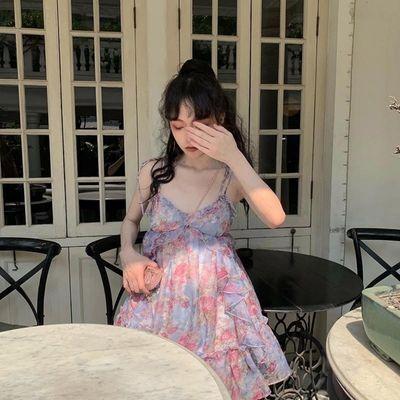 ishui is shuiii 摩洛哥城堡巨显气质碎花洋气收腰吊带连衣裙仙女