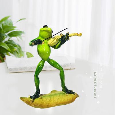 新品创意家居树脂青蛙小提琴轻奢摆件桌面办公室客厅装饰生日礼物