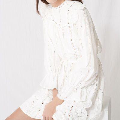 法单m家白色连衣裙2020新款超仙法式复古刺绣蕾丝裙女夏中长款
