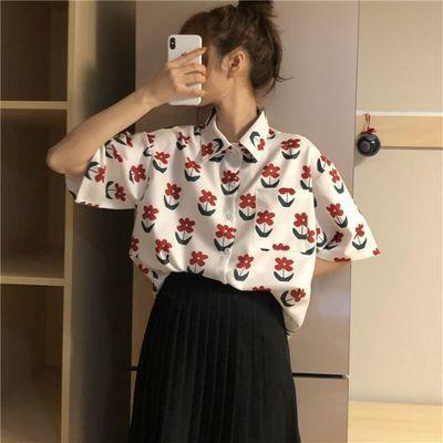 春夏韩版宽松小翻领短袖衬衫女学生减龄花朵印花上衣度假风衬衣