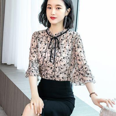 碎花雪纺衬衫女士夏装2020新款春装蕾丝上衣洋气时尚气质短袖小衫