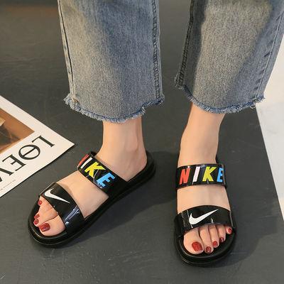 新款网红拖鞋女夏外穿时尚防滑学生韩版软底室内外平底一字凉拖鞋