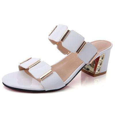 凉鞋女韩版2020新款夏时尚百搭中跟漆皮粗跟一字拖女士外穿凉拖鞋