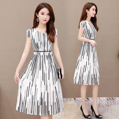 大码条纹V领雪纺连衣裙女2020夏新款韩版气质显瘦中长款仙女a字裙