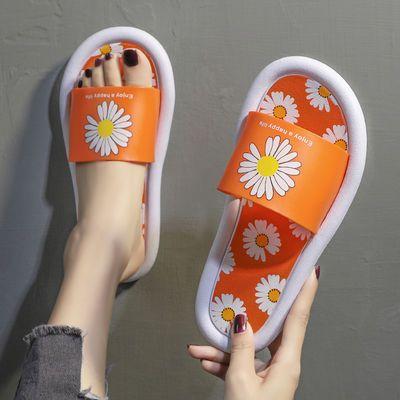 新品【时尚爆款】拖鞋女夏2020新版小皱菊软底个性室外海边度假沙