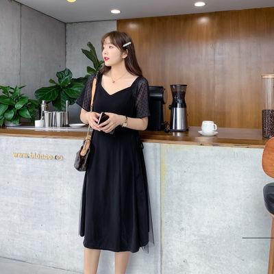 2020夏新款大码女装洋气V领胖mm黑色连衣裙收腰显瘦中长款小黑裙