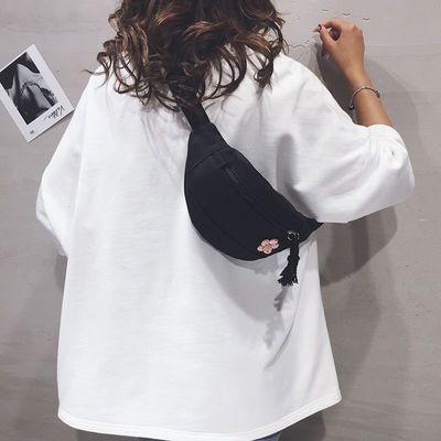 帆布包包女2020新款休闲简约可爱单肩胸包韩版百搭原宿学生斜挎包