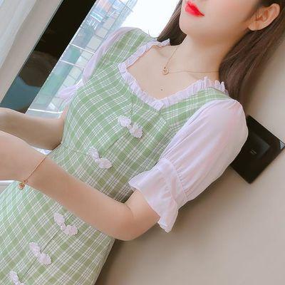 洋气减龄范2020韩版新款复古性感开叉格子裙泡泡袖修身淑女连衣裙