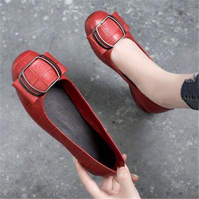 2020新款春季浅口平底单鞋女低跟妈妈百搭春秋粗跟方头红色小皮鞋