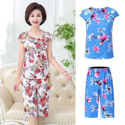 中年妈妈装棉绸短袖女装夏季新款老年七分裤人造棉舒适两件套睡衣