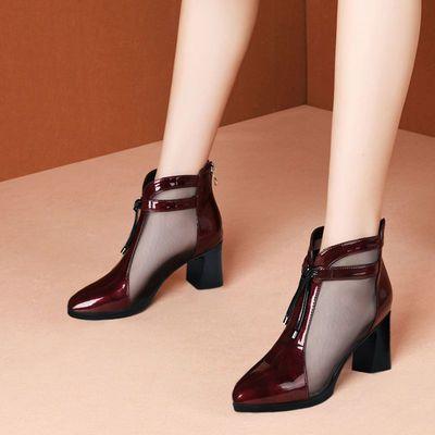 凉鞋女高跟2020夏新款漆皮镂空网靴尖头粗跟透气包头单鞋中跟女鞋