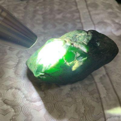 翡翠原石毛料冰阳绿戒指牌子吊坠挂件玉满色后江莫弯基莫西沙场口