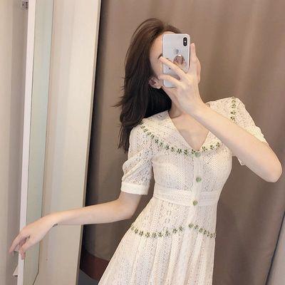 高档蕾丝连衣裙2020新款气质女神范淑女收腰显瘦时尚裙子女夏超仙
