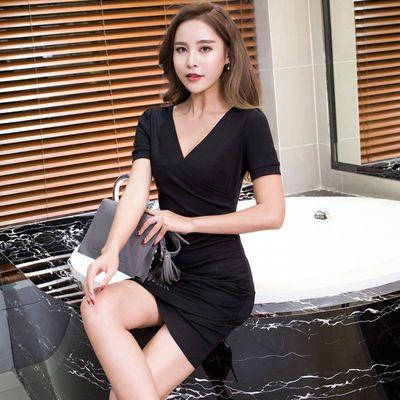 性感豹纹v领包臀连衣裙夏季短袖打底裙2020韩版一步裙低胸欧美裙