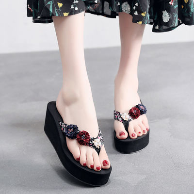 2020夏季新款花朵女士人字拖防滑厚底凉拖鞋外穿度假海边沙滩鞋