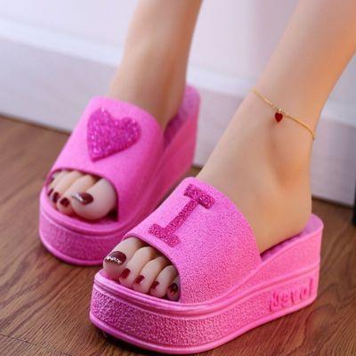 拖鞋女夏季韩版可爱桃心厚底凉拖鞋居家浴室软底高跟防滑一字拖鞋
