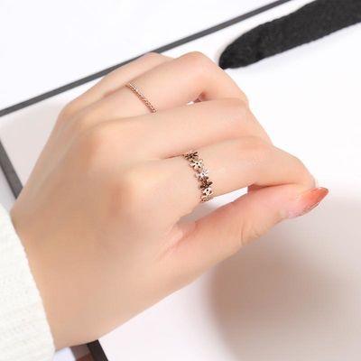 钛钢戒指女食指时尚个性雏菊小花朵简约学生韩版指环玫瑰金不掉色