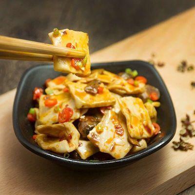 亮嘴豆腐干香菇豆干五香麻辣豆干小包装散装多口味豆腐干零食批发