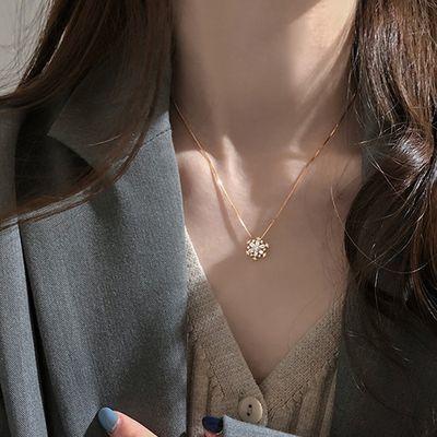 热销闪钻雪花项链小众设计女潮锁骨链S925银轻奢气质网红个性闺蜜