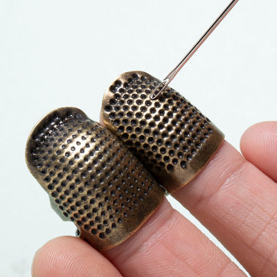 顶针指套家用手缝十字绣顶针器加厚可调节真铜护指顶针箍缝纫工具