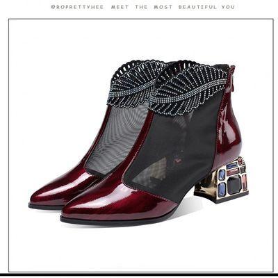 2020新款女士网纱凉鞋网红镂空凉靴粗跟水钻中跟漆皮尖头网靴单鞋