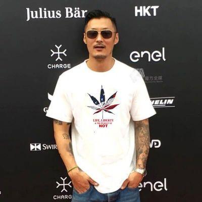 2020余文乐港风潮牌夏季短袖T恤男士纯棉宽松大码男装圆领半袖t��