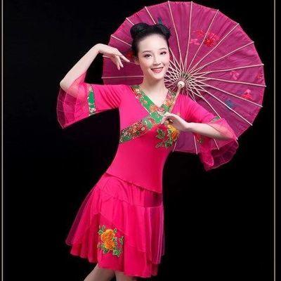 爆款广场舞服装新款套装夏秧歌服演出服舞蹈服套装女成人民族舞服